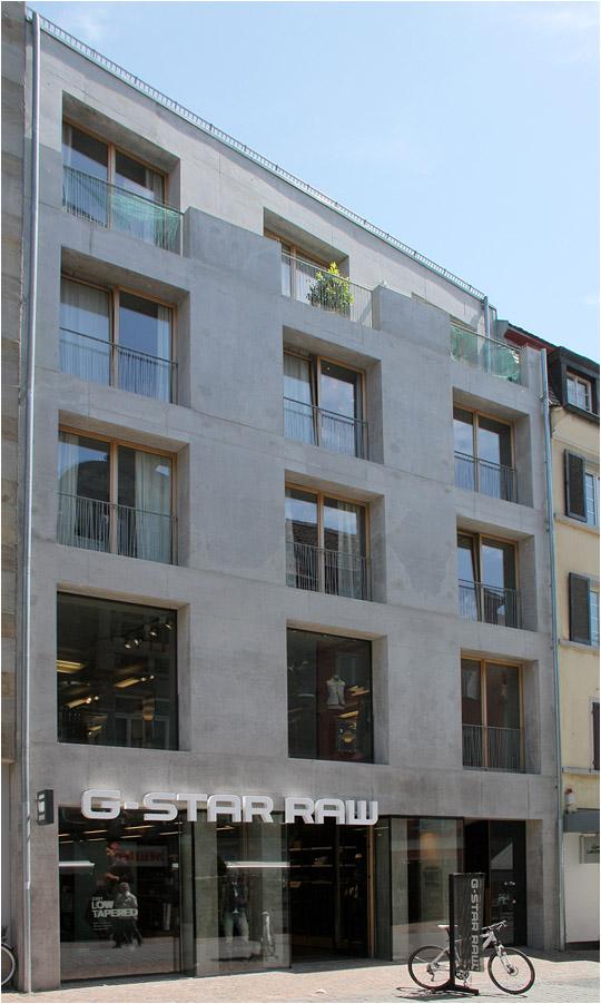 Wohn und gesch ftshaus in konstanz viel sichtbeton zeigt dieses wohn und gesch ft - Architekten konstanz ...
